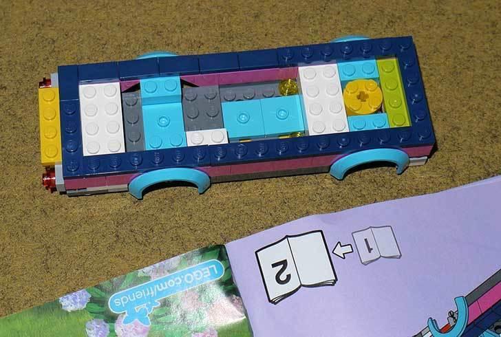 LEGO-41056-ハートレイクテレビクルーを作った8.jpg
