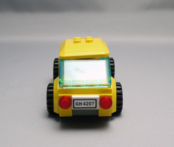 LEGO-4207-パーキングを作った3-29.jpg
