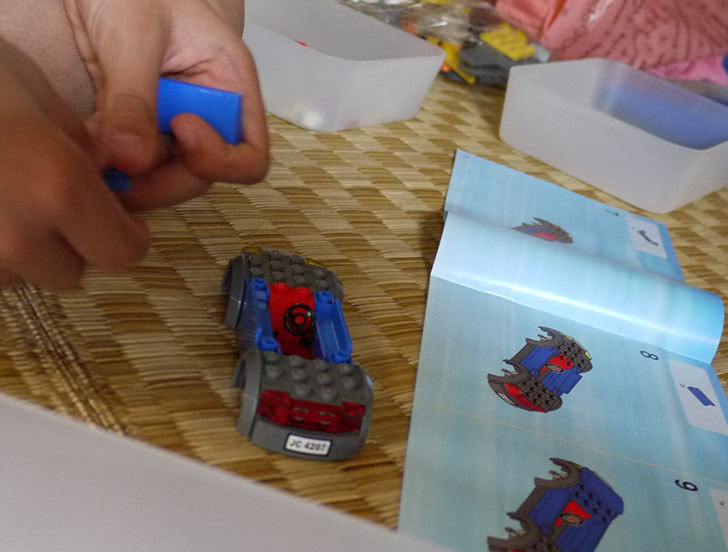 LEGO-4207-パーキングを作った3-3.jpg
