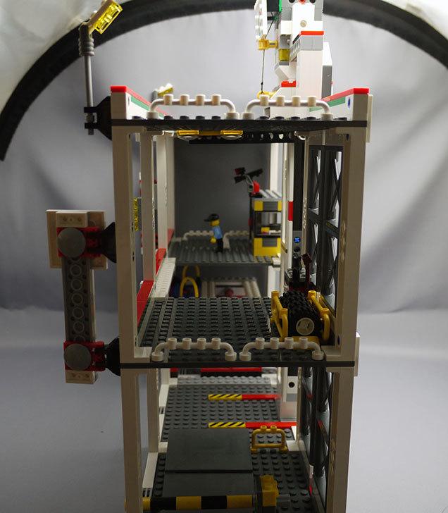 LEGO-4207-パーキングを作った3-40.jpg