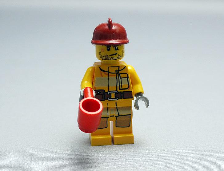 LEGO-4428-シティ・アドベントカレンダーを作った22.jpg