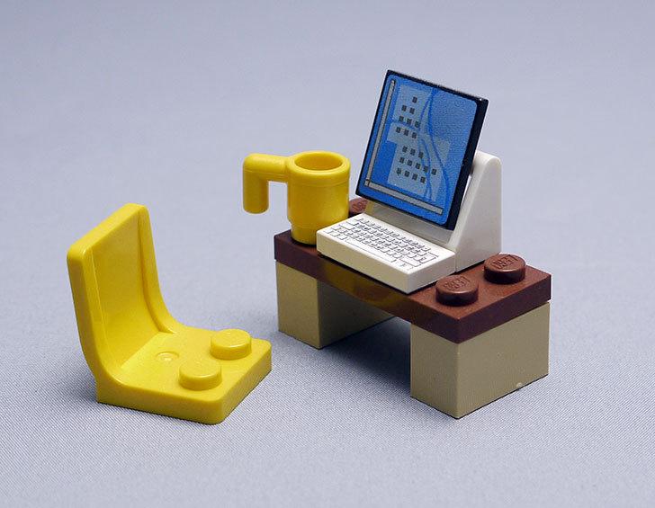 LEGO-4428-シティ・アドベントカレンダーを作った4.jpg