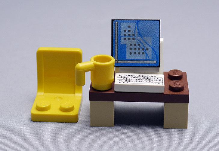LEGO-4428-シティ・アドベントカレンダーを作った5.jpg