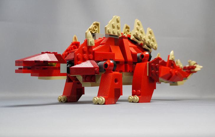 LEGO-4892-トリケラトプスの組み替えステゴザウルス10.jpg