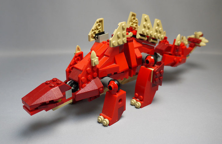 LEGO-4892-トリケラトプスの組み替えステゴザウルス11.jpg