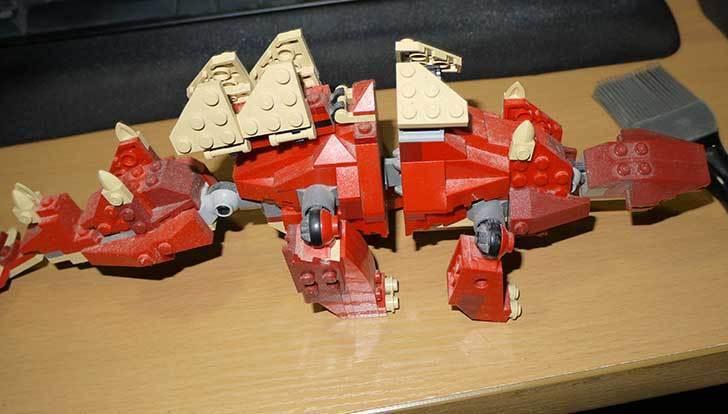 LEGO-4892-トリケラトプスの組み替えステゴザウルスの掃除をした3.jpg