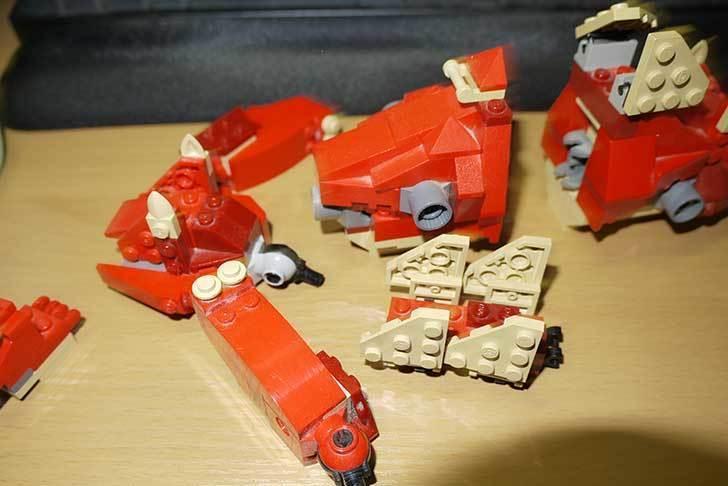 LEGO-4892-トリケラトプスの組み替えステゴザウルスの掃除をした6.jpg