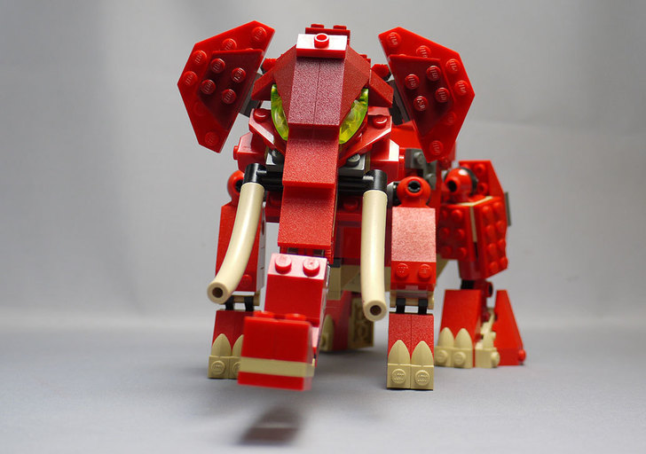 LEGO-4892-トリケラトプスの組み替えマンモス10.jpg