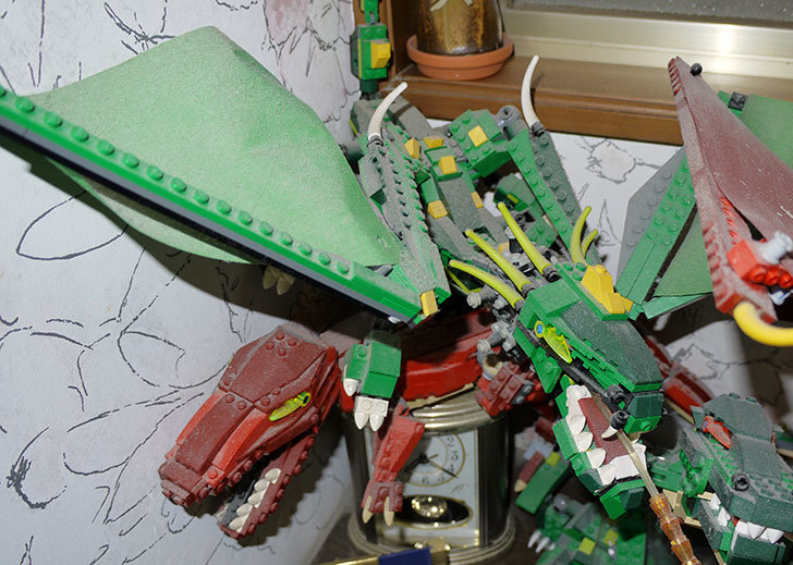 LEGO-4894-グリーンドラゴンの掃除をした1.jpg