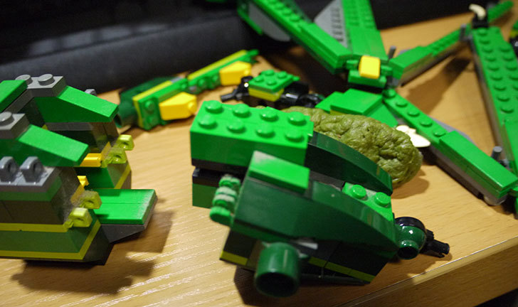 LEGO-4894-グリーンドラゴンの掃除をした14.jpg