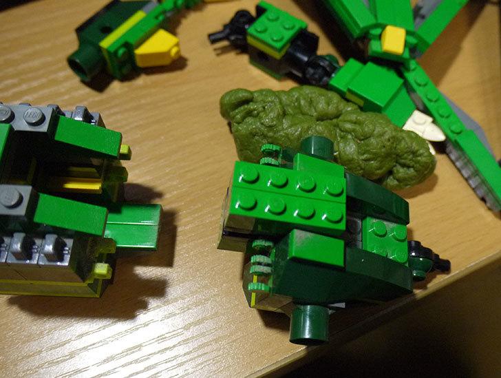 LEGO-4894-グリーンドラゴンの掃除をした15.jpg
