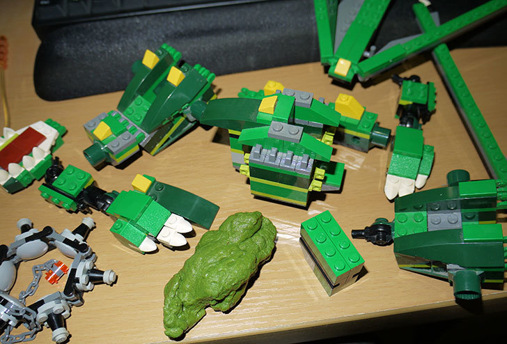 LEGO-4894-グリーンドラゴンの掃除をした20.jpg