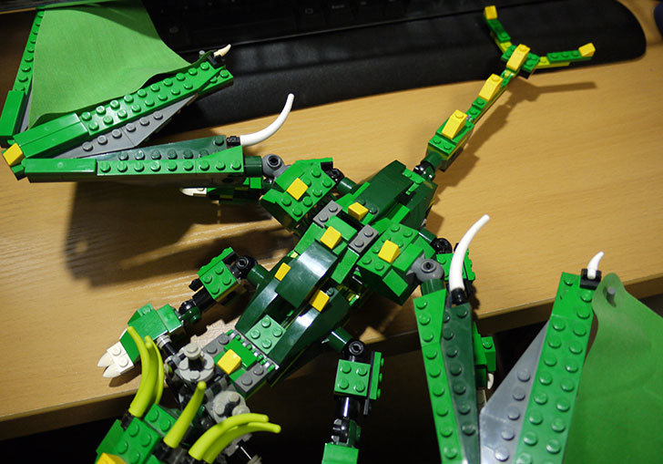 LEGO-4894-グリーンドラゴンの掃除をした25.jpg
