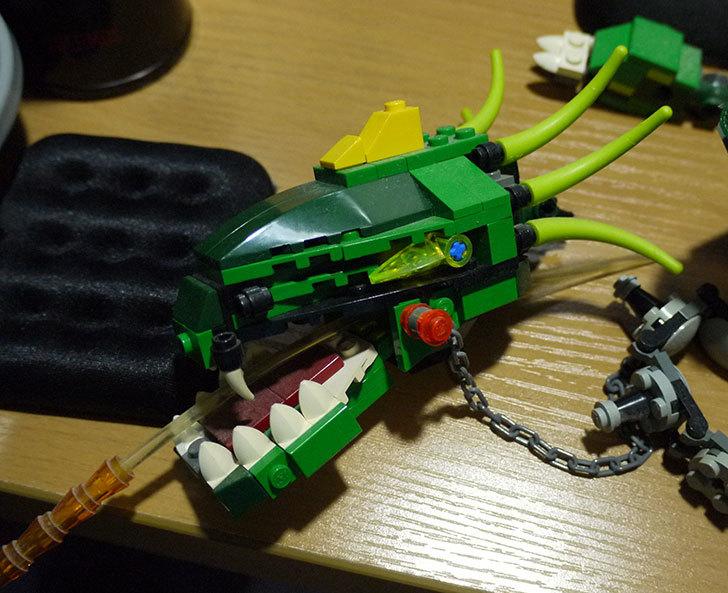 LEGO-4894-グリーンドラゴンの掃除をした5.jpg
