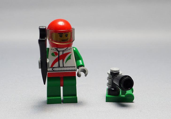 LEGO-60024-シティ・アドベントカレンダーを作った15.jpg