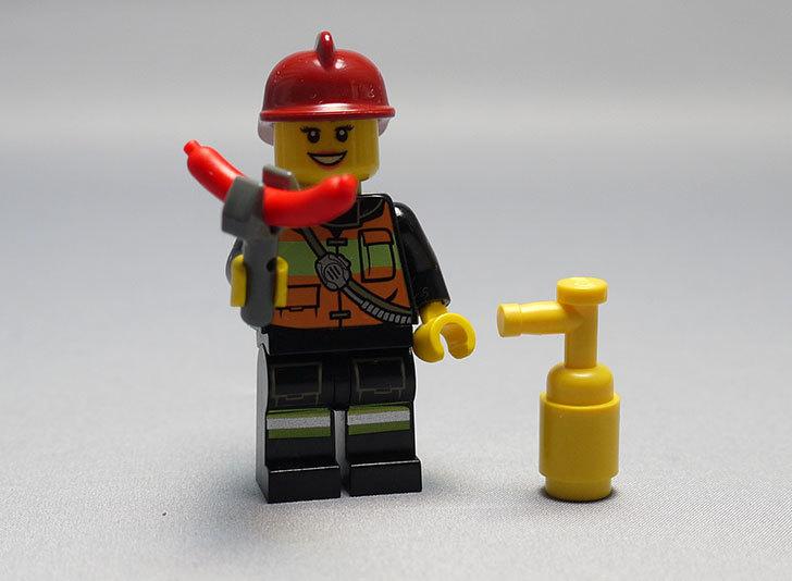 LEGO-60024-シティ・アドベントカレンダーを作った24.jpg