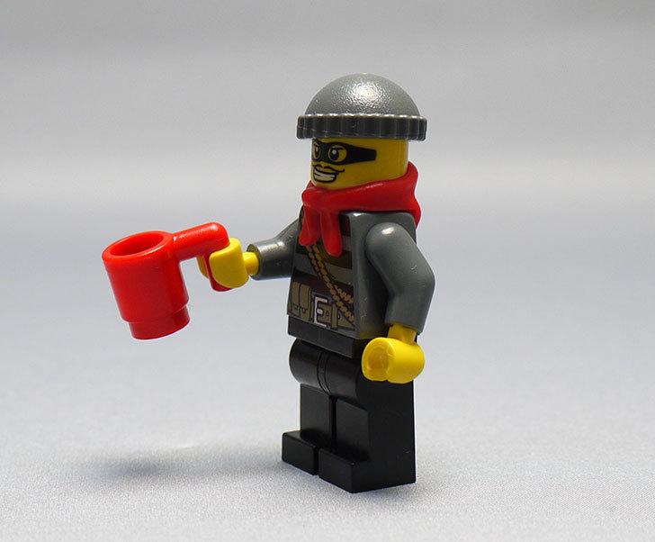 LEGO-60024-シティ・アドベントカレンダーを作った9.jpg