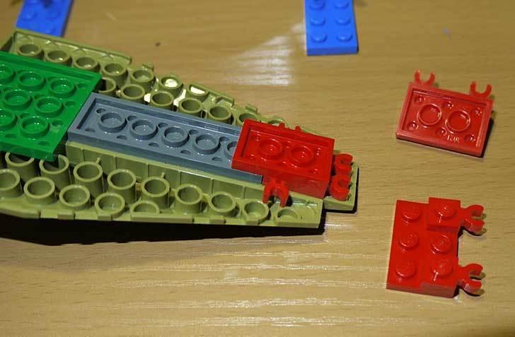 LEGO-70112-チーマ-ガブッと-わにの口を作った14.jpg