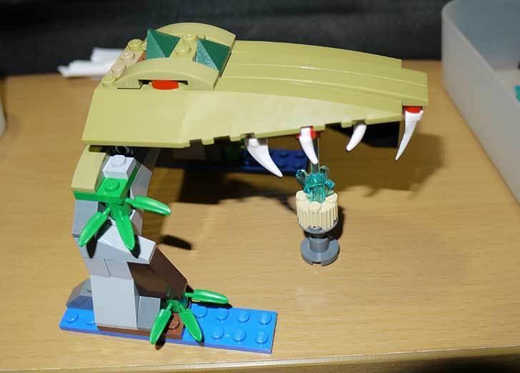 LEGO-70112-チーマ-ガブッと-わにの口を作った18.jpg