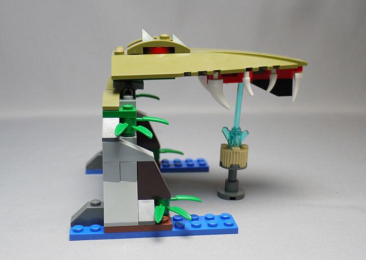 LEGO-70112-チーマ-ガブッと-わにの口を作った23.jpg
