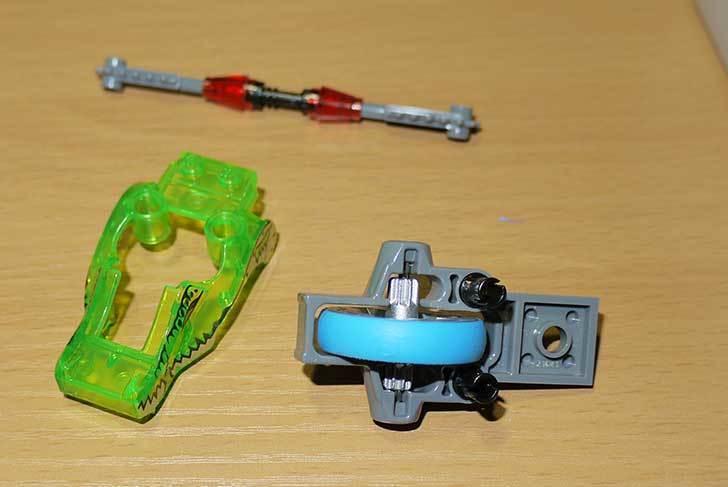 LEGO-70112-チーマ-ガブッと-わにの口を作った4.jpg