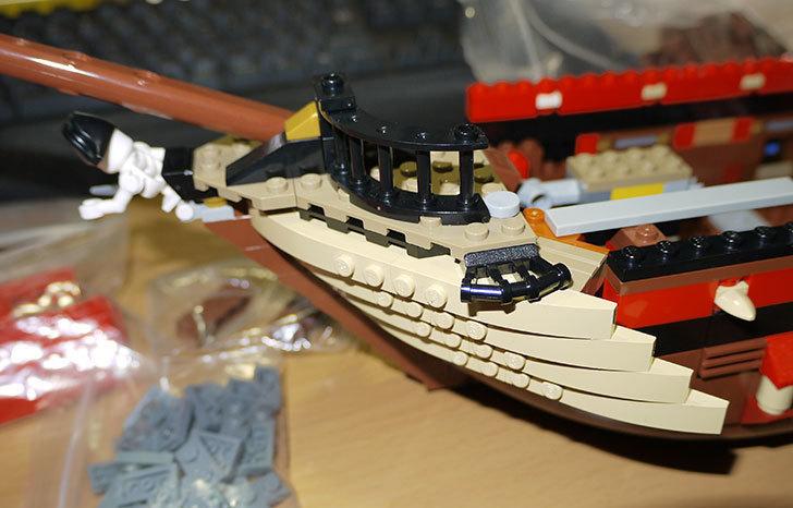 LEGO-70413-海賊船の改造を始めた4-2.jpg