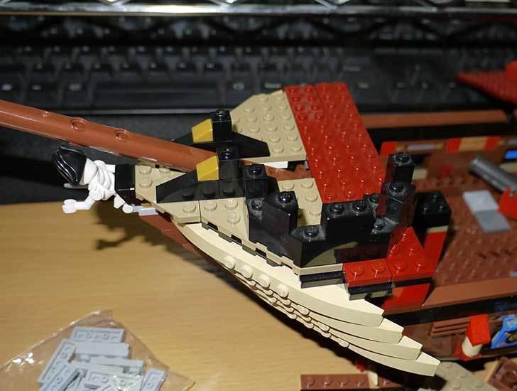 LEGO-70413-海賊船の改造を始めた5-2.jpg