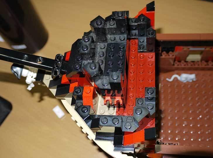 LEGO-70413-海賊船の改造を始めた6-10.jpg