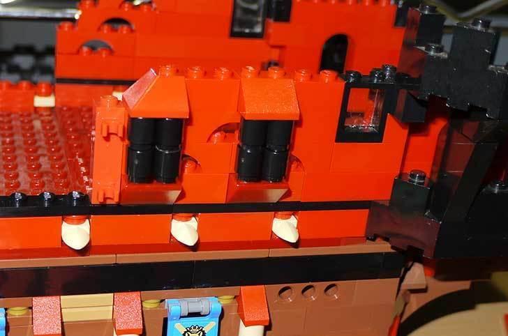 LEGO-70413-海賊船の改造を始めた7-11.jpg