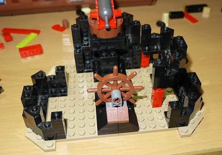 LEGO-70413-海賊船の改造を始めた8-12.jpg