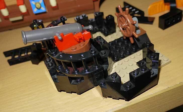 LEGO-70413-海賊船の改造を始めた8-6.jpg
