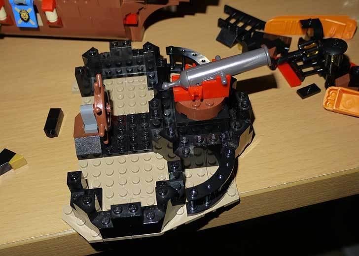 LEGO-70413-海賊船の改造を始めた8-7.jpg