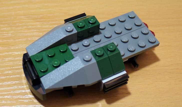 LEGO-76008-アイアンマンTM-vs-マンダリンTM究極のショーダウンを作った11.jpg