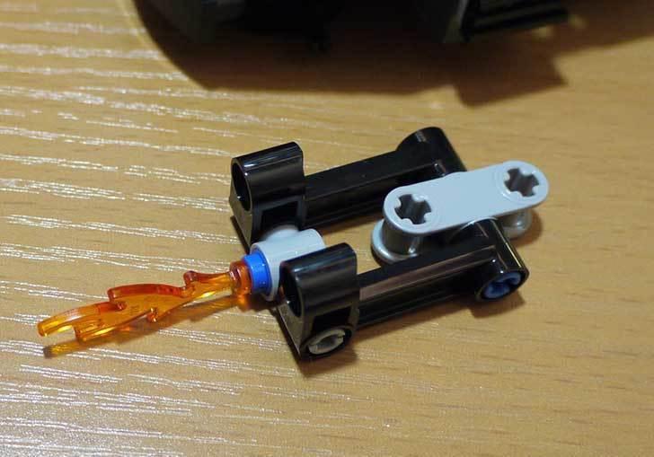 LEGO-76008-アイアンマンTM-vs-マンダリンTM究極のショーダウンを作った16.jpg