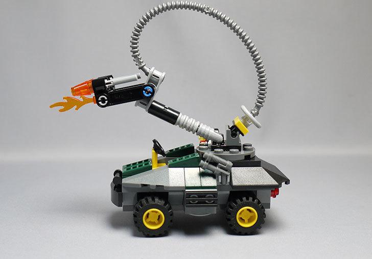 LEGO-76008-アイアンマンTM-vs-マンダリンTM究極のショーダウンを作った18.jpg