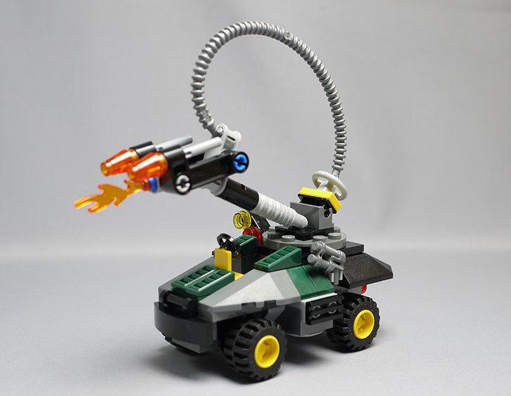 LEGO-76008-アイアンマンTM-vs-マンダリンTM究極のショーダウンを作った19.jpg
