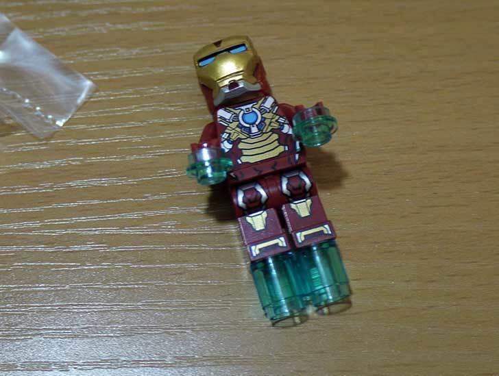LEGO-76008-アイアンマンTM-vs-マンダリンTM究極のショーダウンを作った5.jpg