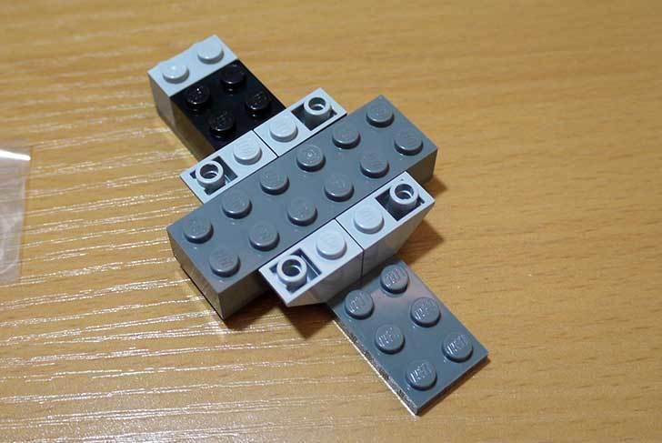 LEGO-76008-アイアンマンTM-vs-マンダリンTM究極のショーダウンを作った6.jpg