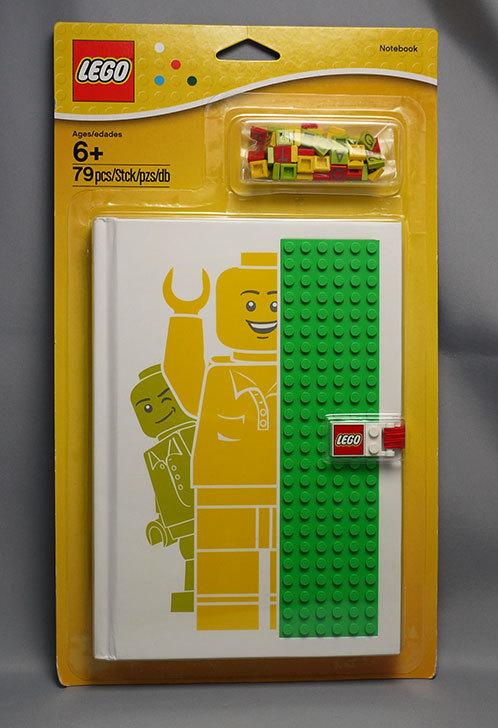 LEGO-850686-Notebook-with-Studsをクリブリで買って来た1.jpg