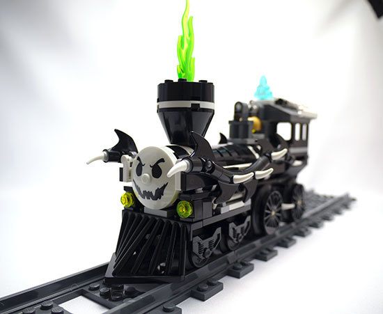 LEGO-9467-ゴースト・トレインを作った2-1.jpg