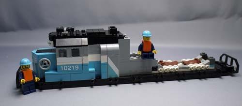 LEGO 10219 マースクトレイン組立5.jpg