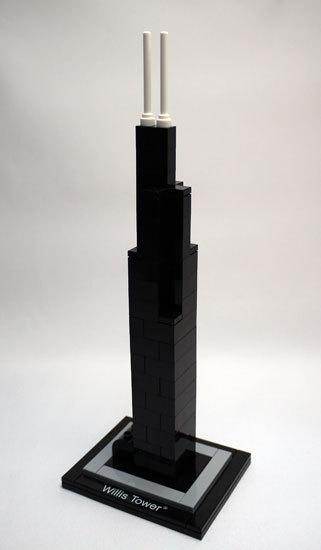 LEGO 21000 ウィリス・タワー 作製1.jpg