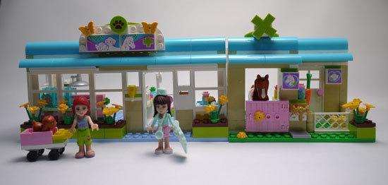 LEGO 3188 ハートレイクのアニマルクリニック 作成1.jpg