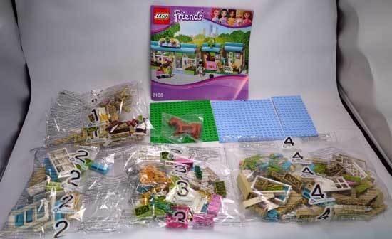 LEGO 3188 ハートレイクのアニマルクリニック 作成2.jpg