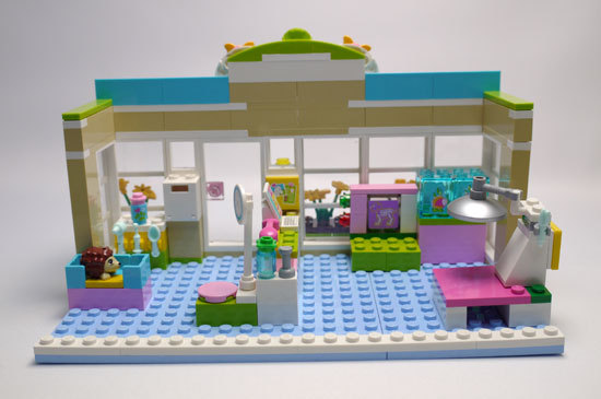 LEGO 3188 ハートレイクのアニマルクリニック 作成4.jpg