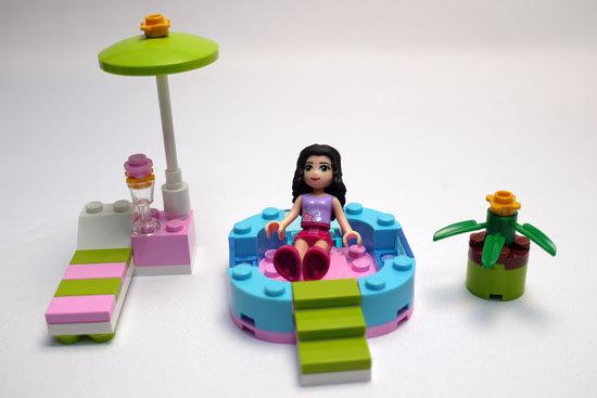 LEGO 3931 ハッピープールサイド 作成1.jpg