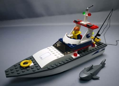 LEGO 4642 フィッシングボート 10.jpg