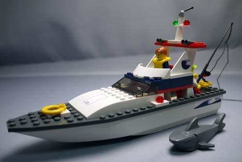 LEGO 4642 フィッシングボート 11.jpg