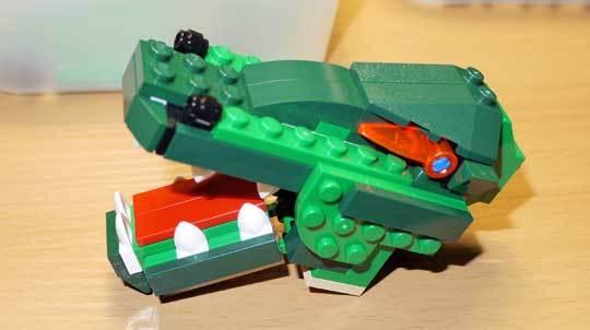 LEGO 5868 クリエイター・ワニ作成2-2.jpg