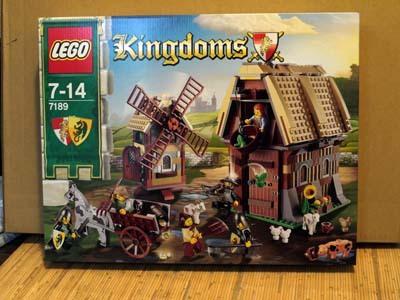 LEGO 7189 風車村の攻防.jpg